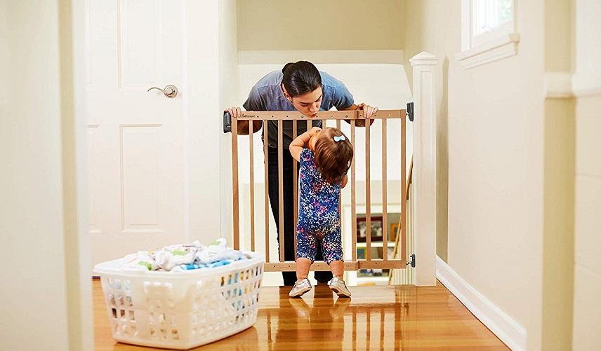 Barrera de seguridad online, barreras escaleras niños, puerta escalera, barandilla escalera bebe, barrera seguridad, barrera protección niños, barandilla escalera niños amazon, puertas de seguridad para niños amazon, amazon vallas bebe, barrera escalera, barrera seguridad escalera